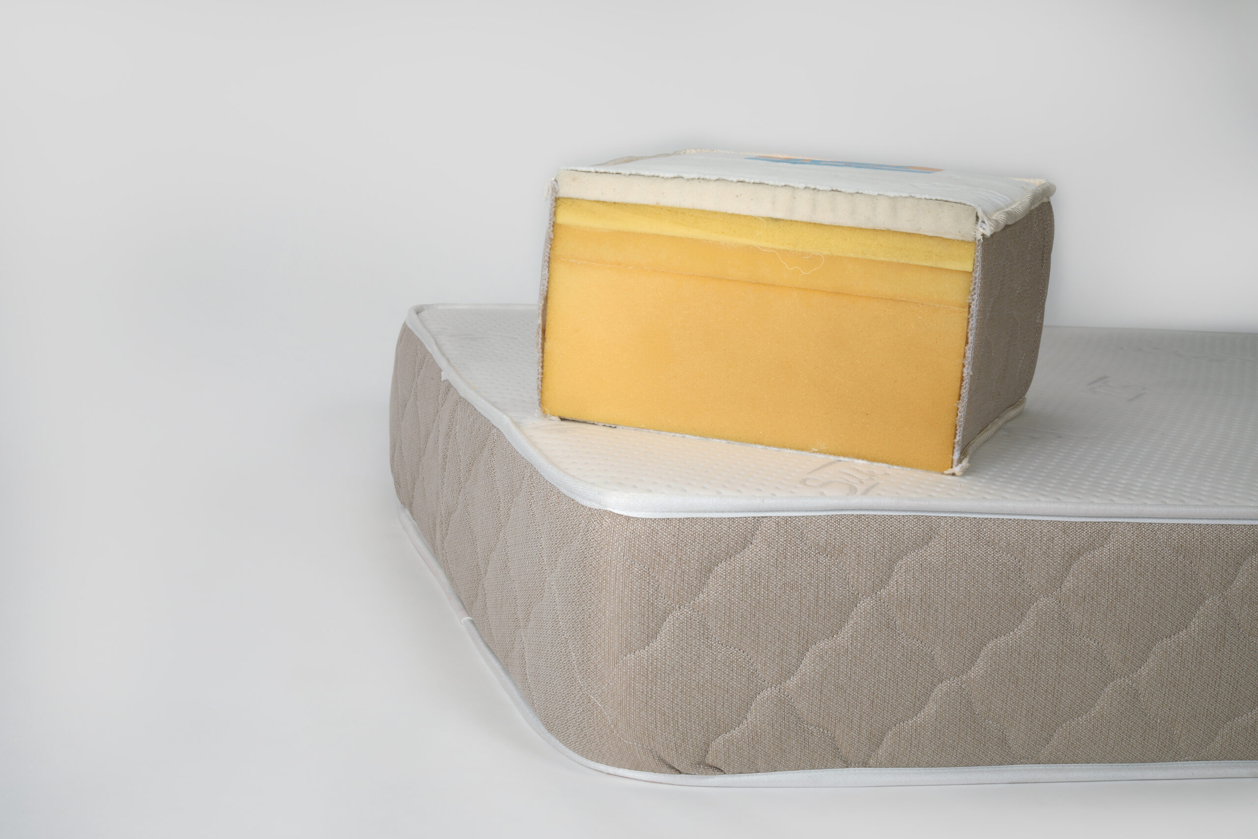 Platinum memory foam mattress by NAM House of sleep (picture 2)